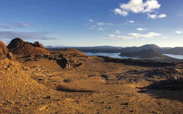 Spektakuläre Galápagos-Vulkanlandschaft