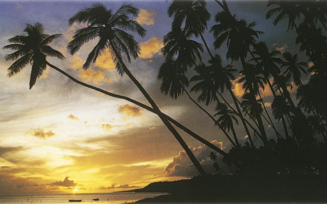 malerischer Sonnenuntergang auf Hawaii