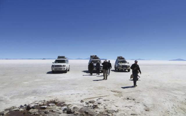 Auf dem Uyuni-Salzsee, Bolivien