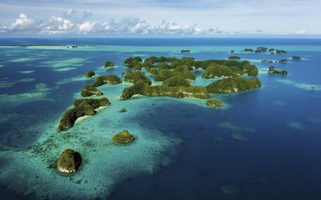 Blick auf die Inselwelt der Rock Islands, Palau