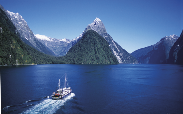 Bootsfahrt durch den Milford Sound