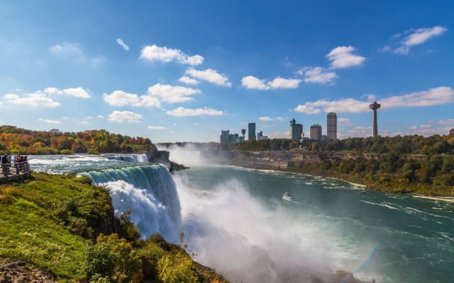 Niagara Falls von der US-amerikanischen Seite aus